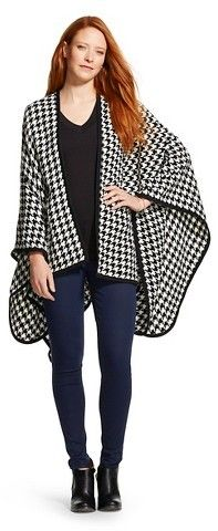 Sylvia Alexander Women's Sylvia Alexander Houndstooth Shawl - Black and White