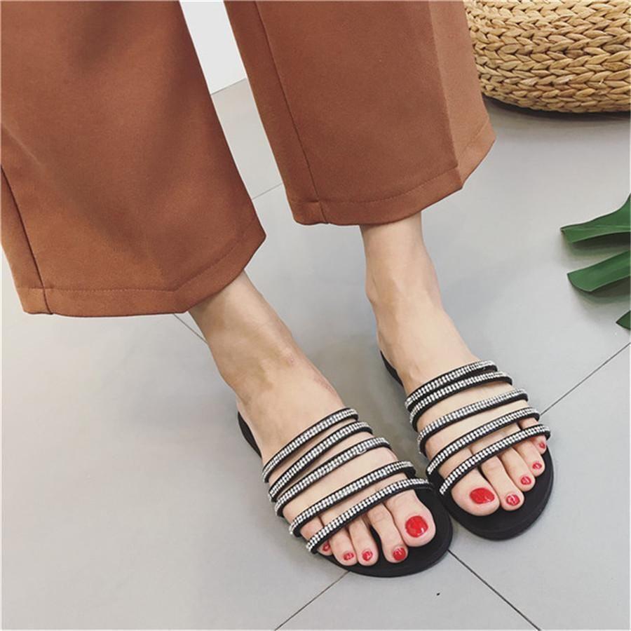 Rhinestone Versatile Non-Slip Flat Slippers Chiczz Rhinestone Versatile Non-Slip Flat Slippers