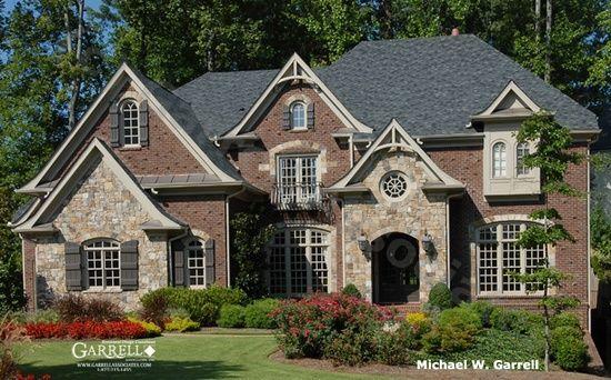 Brick and stone exterior exterior brick stone home for Brick and stone exterior ideas