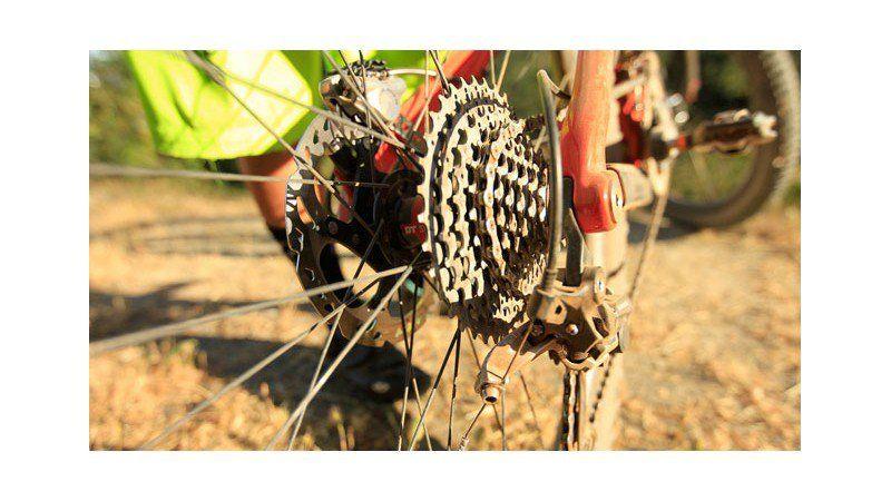 How To Fix A Skipping Bike Chain Bike Chain Cool Bike