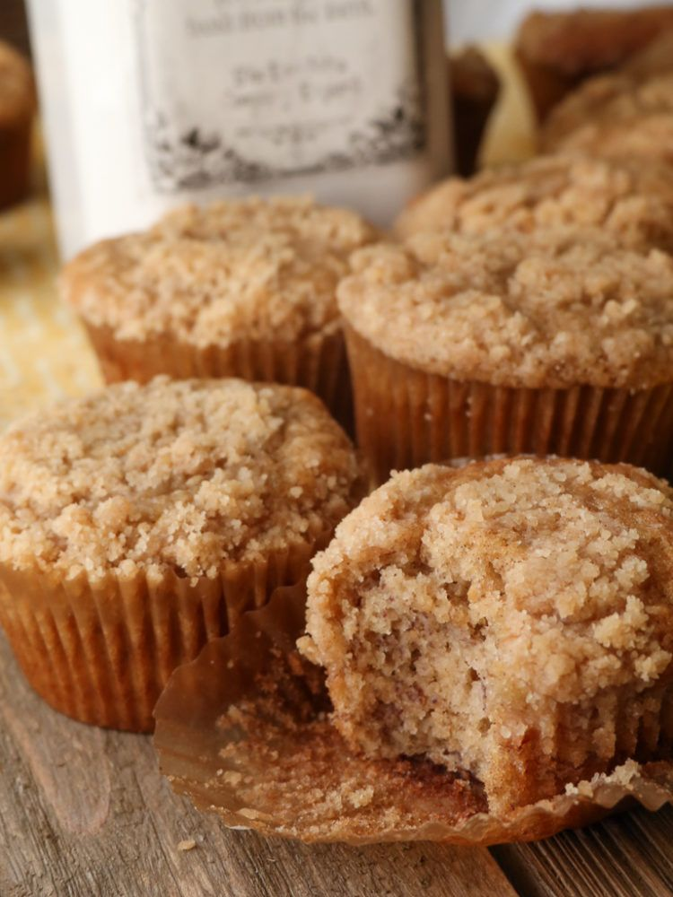 Moist Banana Bread Crumb Muffins Divas Can Cook Moist Banana Bread Banana Bread Muffins Crumb Muffins