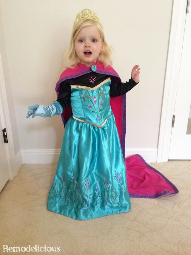 20 awesome diy elsa costume tutorials for little girls - Halloween Costumes Of Elsa
