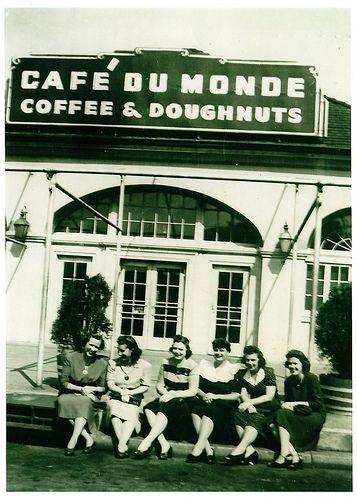 Cafe Du Monde #NOLA #MissMeJeans