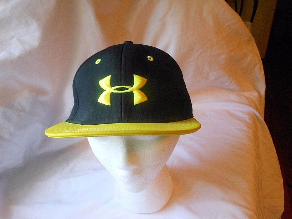 UNDER ARMOUR YELLOW AND BLACK CAP HAT SIZE MED to LG EXCELLENT  UnderArmour   caphat  all 702fc0b7064