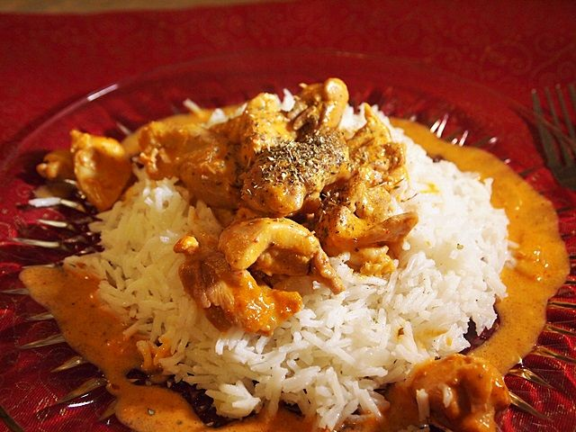Thai Curry Chicken with Summer Fresh Thai Curry Fresh Sauce. Recipe at http://www.mayaskitchen.info/2013/03/03/thai-curry-chicken-summer-fresh-style/