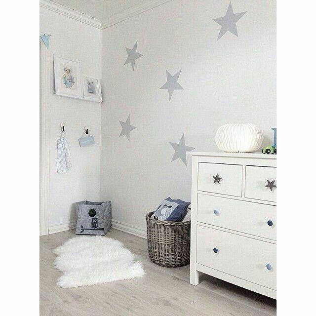 pin by emilia on nursery kids room pinterest nursery kids rooms and room. Black Bedroom Furniture Sets. Home Design Ideas