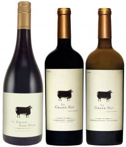Le Grand Noir Black Sheep Uniquely Blended The Black Sheep On The Label Symbolizes The Wine