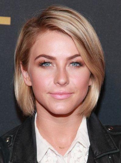 Pin By Debora Hemersma On Hair Julianne Hough Short Hair Short Hair Styles Very Short Hair