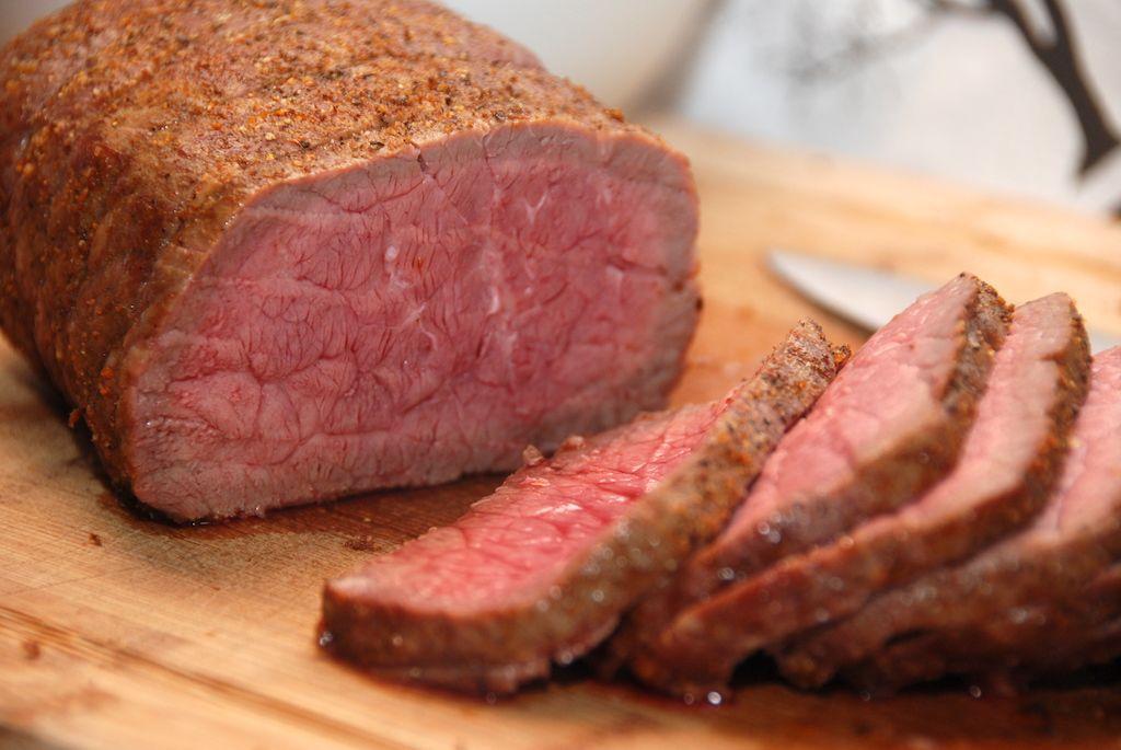 Spareribs Stegetid Gasgrill : Så lækker bliver en roastbeef på gasgrill der er stegt i