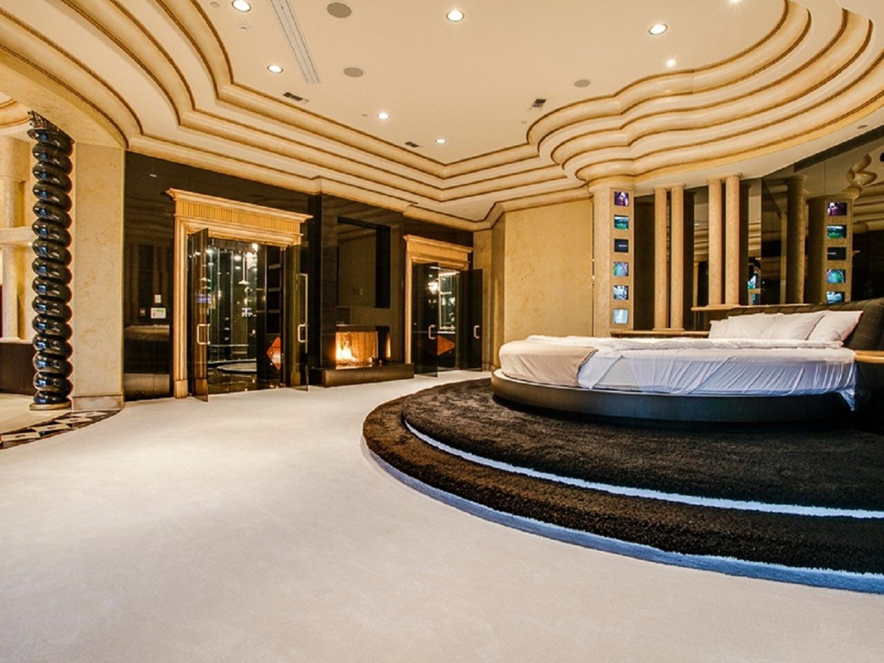 Extraordinary 35 Luxurious Master Bedroom Designs For Life Like A