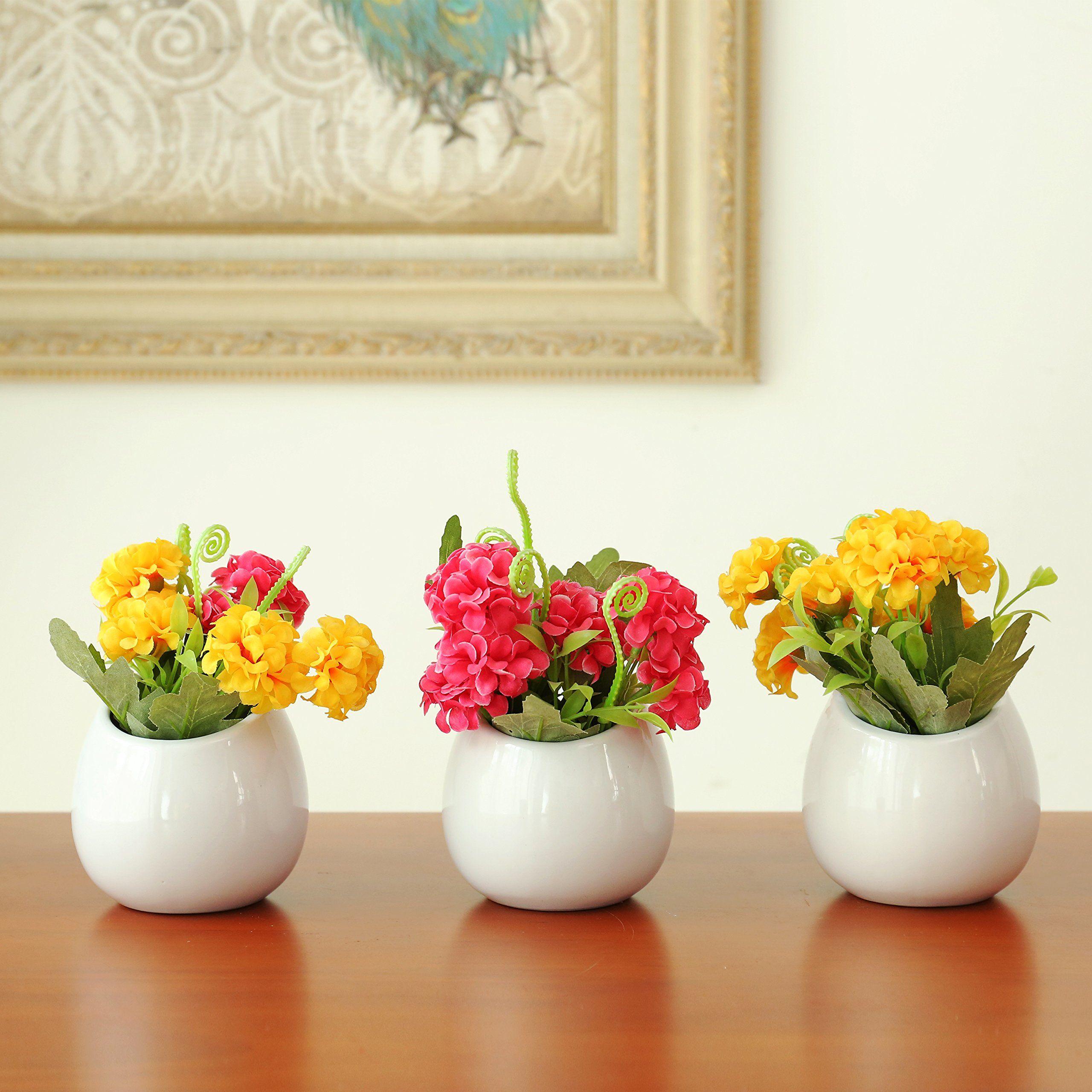 Set of 3 Mini White Ceramic Wall Mountable Plant Vase 4