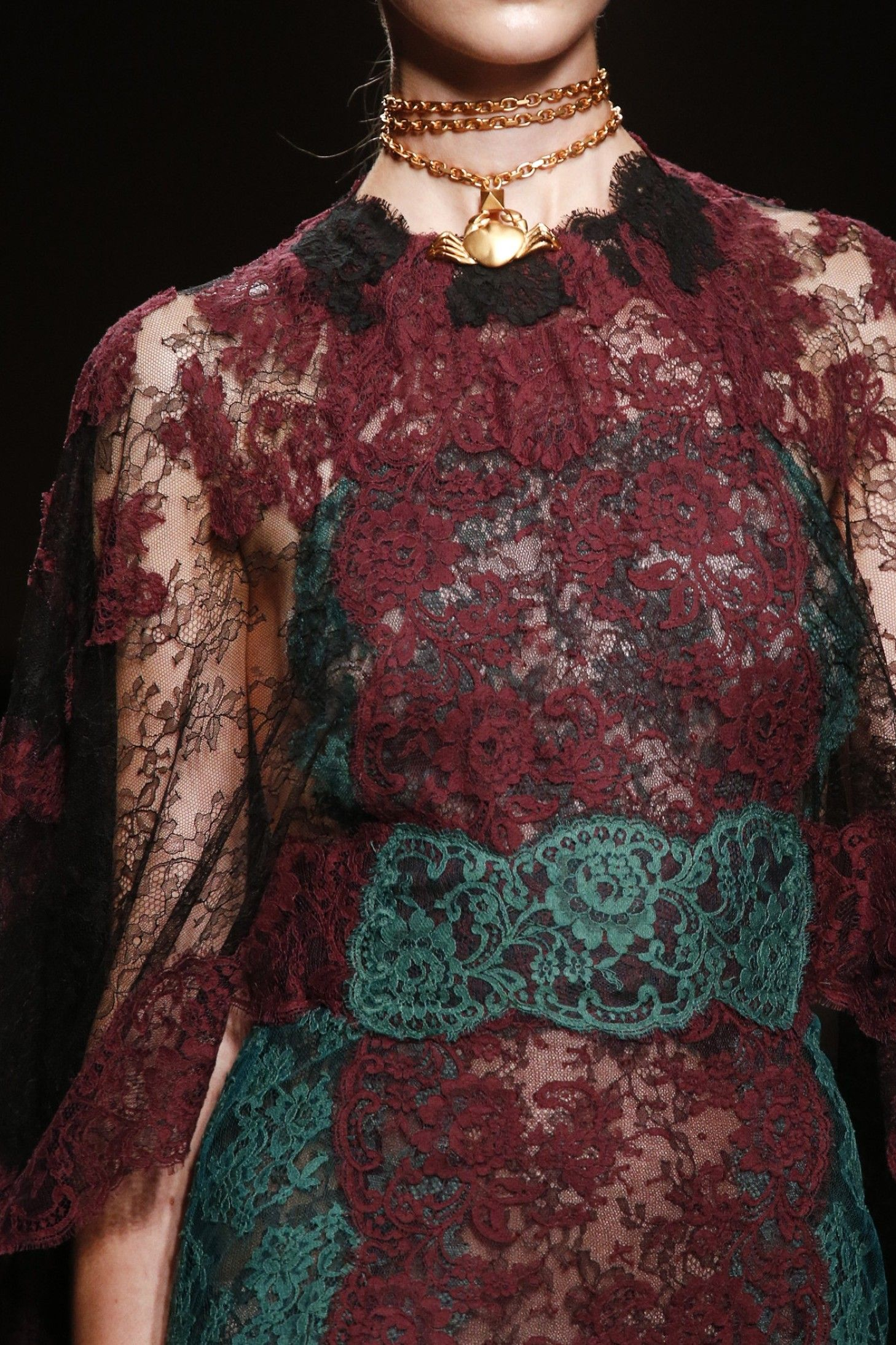 Valentino Ready To Wear Spring 2014  - Details