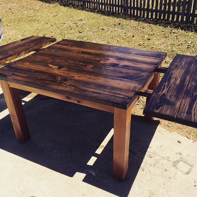 A Dining Table With Removable Leaf Extensions Dark Walnut Top