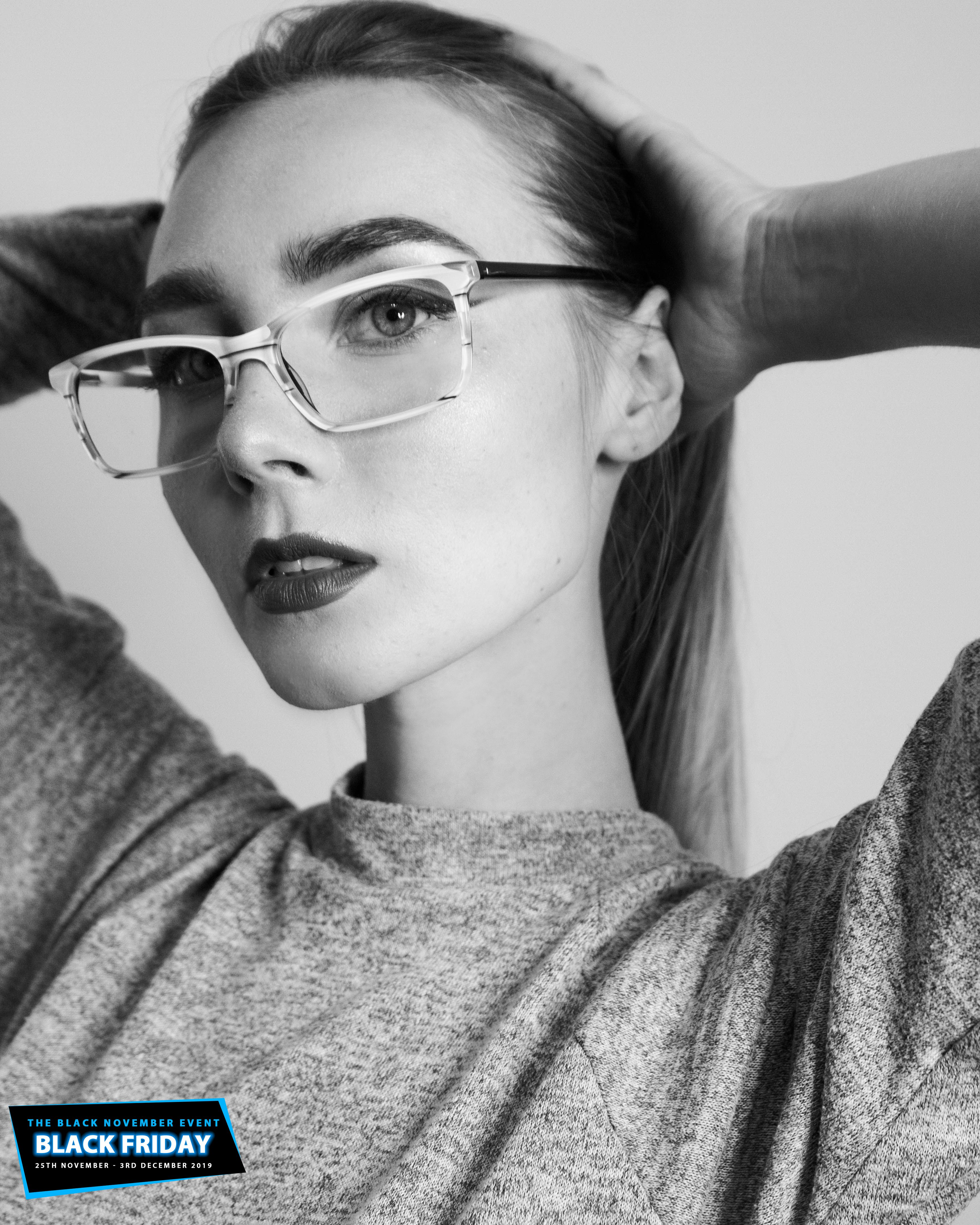 If You Re In Search Of Impeccable Spectacles For Your Everyday Eyewear Check Out This Rectangular Light Acetat With Images Savannah Chat Fashion Frames Digital Protection