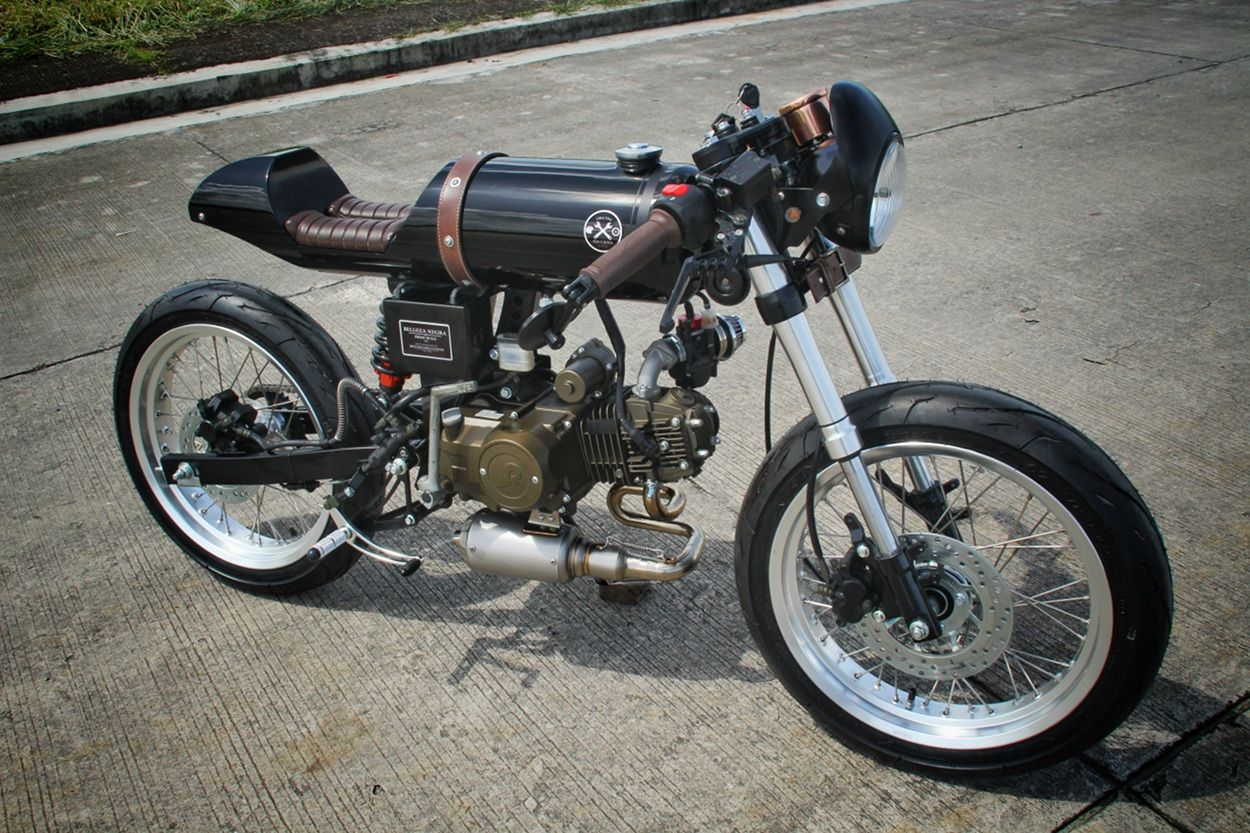 Rusi Mojo Cafe Racer By Iron Macchina Custom Triumph Cafe Racer