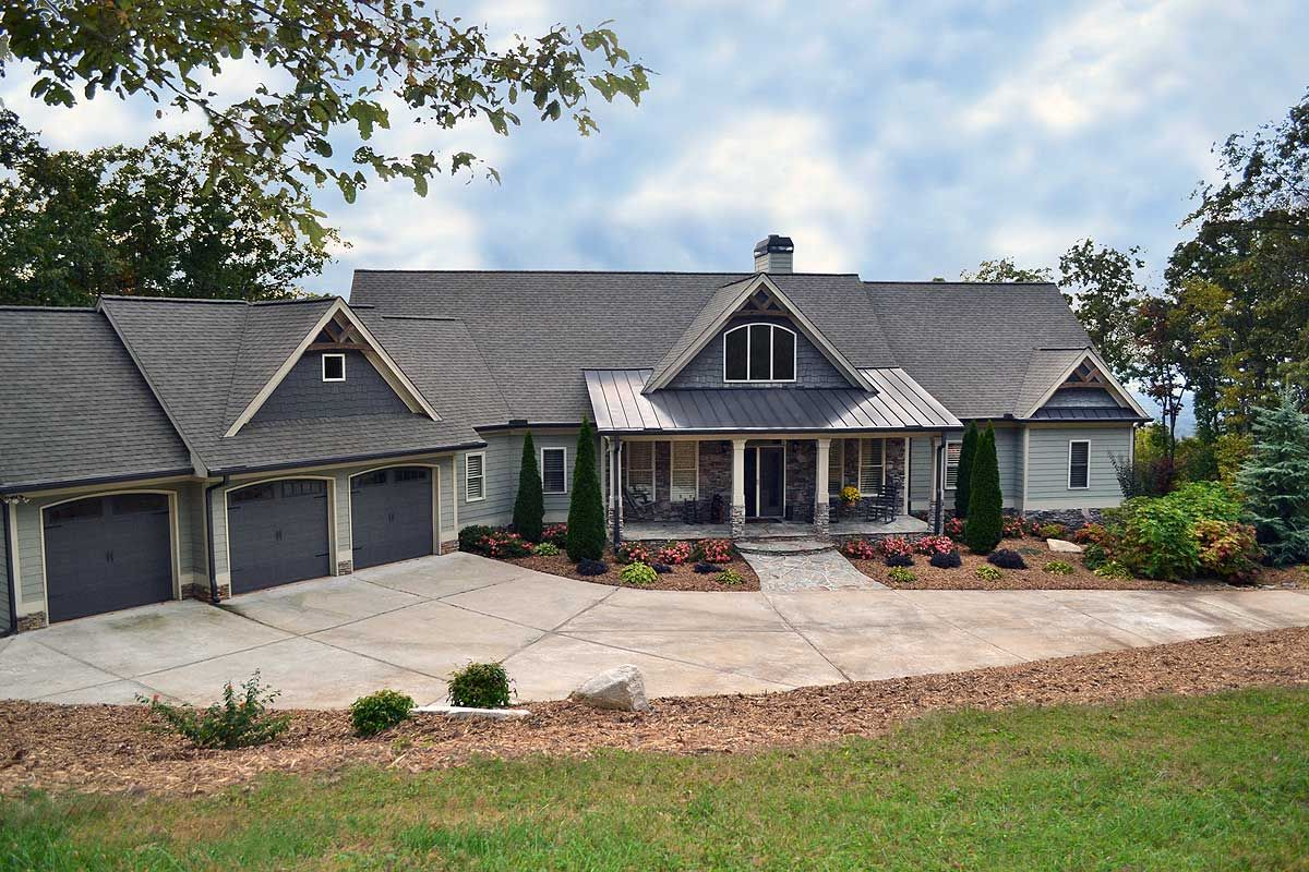 Plan 29876rl Mountain Ranch With Walkout Basement In 2021 Floor Plans Ranch Basement House Plans Craftsman House Plans