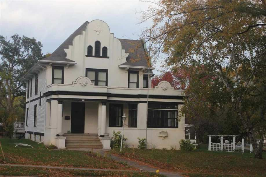 1897c1925 Columbus Wi 269900 Old House Dreams Historic