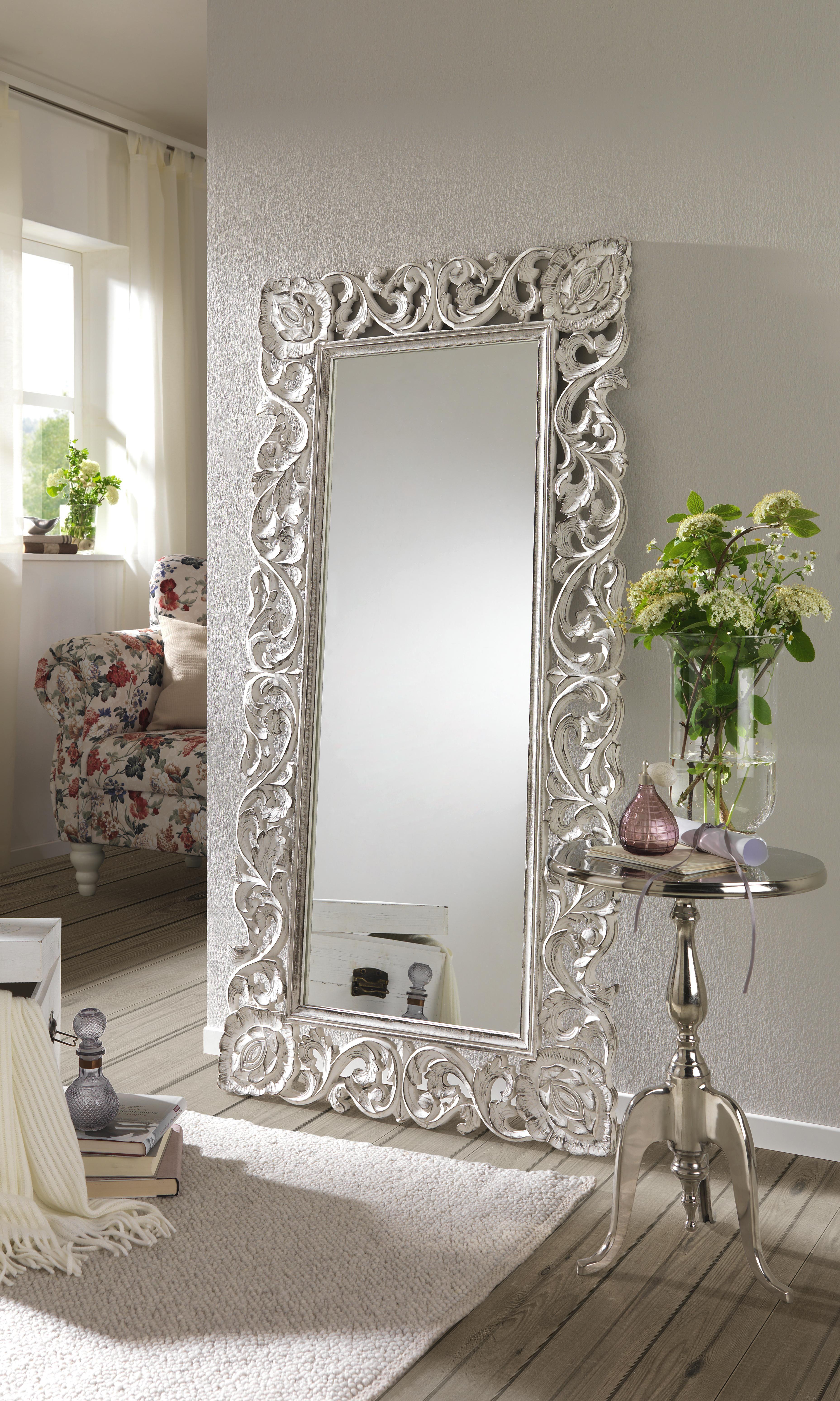 Spieglein, Spiegleich An Der Wand... Der Opulente Spiegel Von AMBIA HOME  Bietet