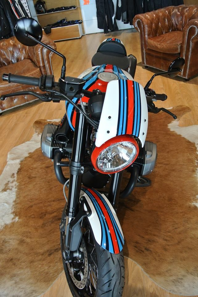 racing caf bmw r ninet martini by bmw moto ride toulouse martini grand prix car. Black Bedroom Furniture Sets. Home Design Ideas