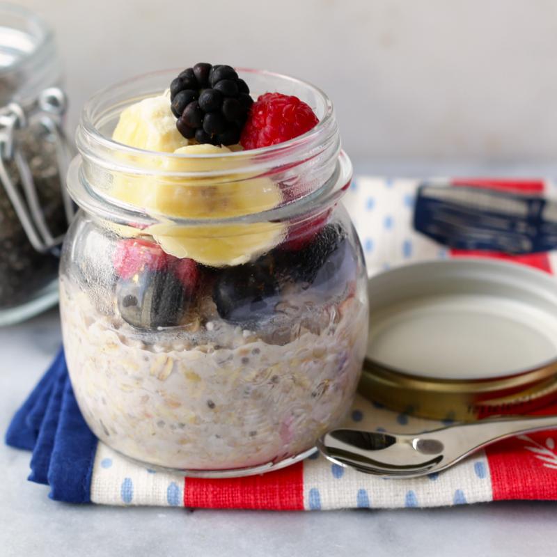 Raspberry and Almond Overnight Oats | Recipes, Food, Yummy breakfast