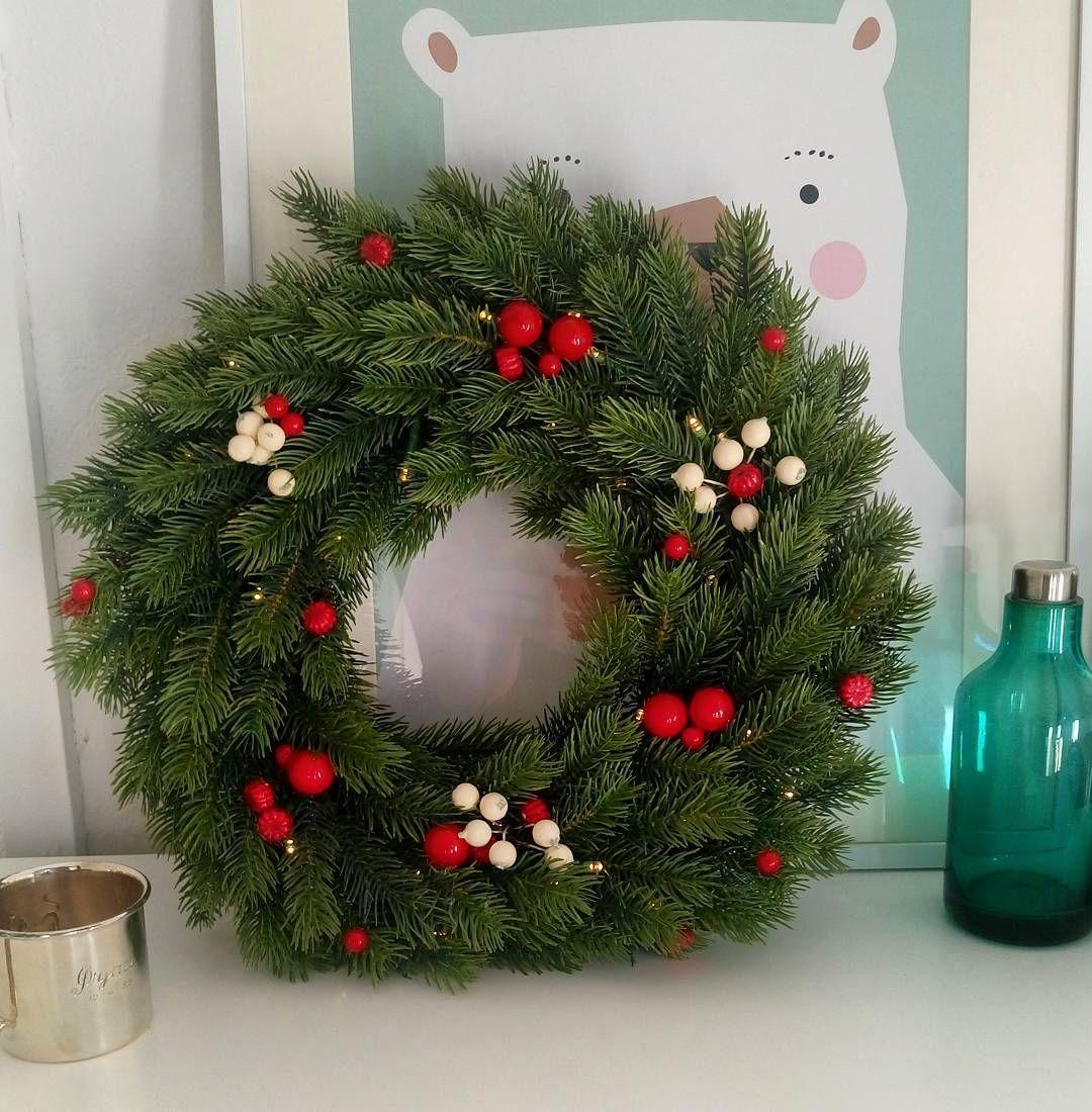 Ferdig Diy Led Handmade Krans Julekrans Wreath Christmaswreath Ledlys Jysk Sostrenegrene Flyingtiger Med Bilder Julekrans