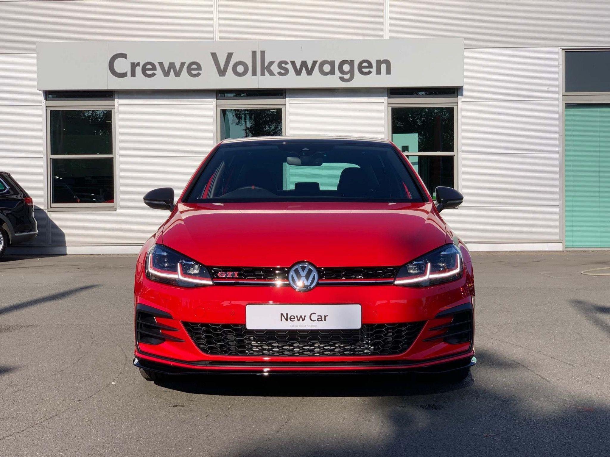 Volkswagen Golf 2 0 Tsi Gti Tcr Dsg S S 5dr In 2020 Volkswagen