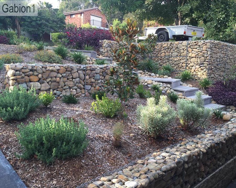 Gabion terraced garden gabion for Gabion landscaping