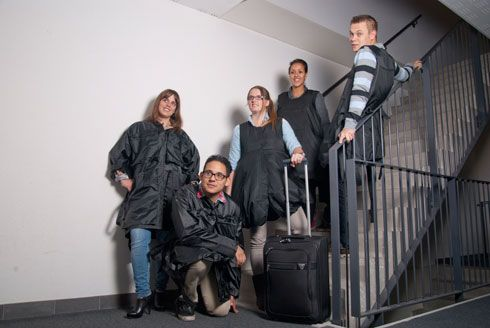 JakToGo - The carry-on bag that literally turns into a wearable suitcase! #travel #intled #studyabroad