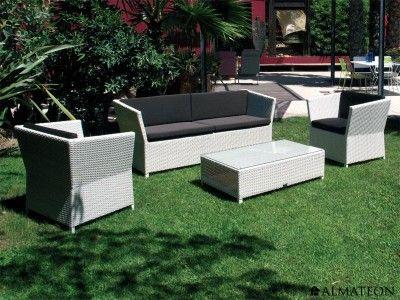 Salon de jardin tendance, en aluminium et en résine tressée. Modèle ...