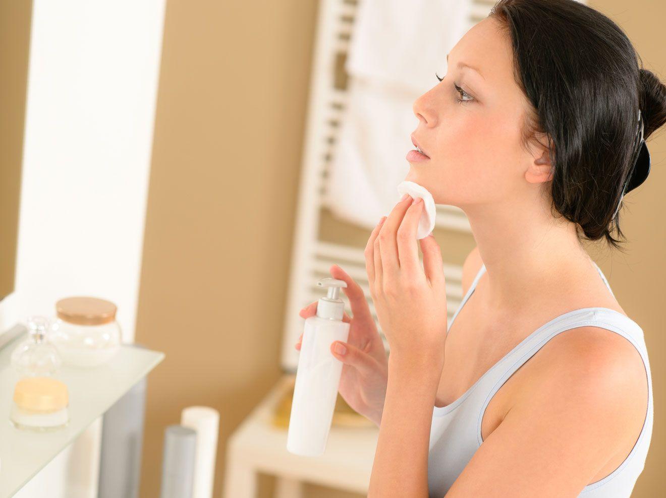 Die Hohle Der Lowen Was Konnen Die Waschies Aus Der Sendung Wirklich Beauty Hohlederlowen Beautyproduktehohlr Hautpflege Akne Mitesser