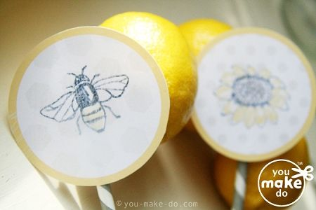 Make sweet bee cupcake toppers! Simple printables to make your own bee party—cupcake wrappers, bee banner, drink label printables, and seed packet favors too!