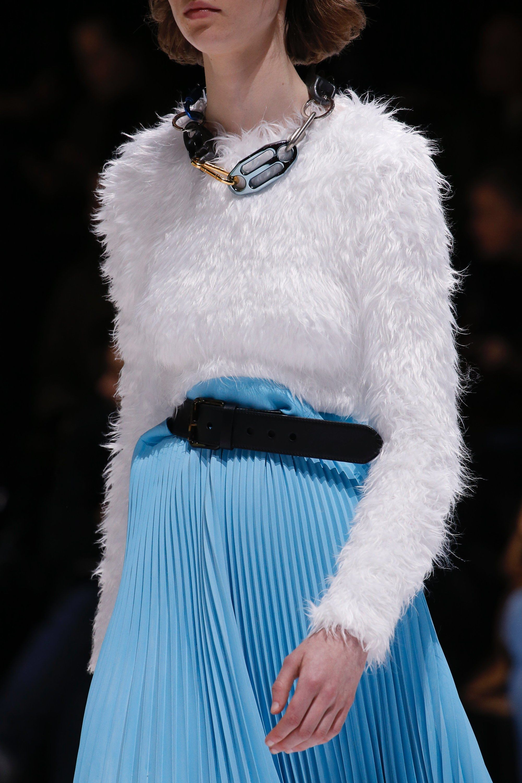 7bf31267a433 Balenciaga Fall 2018 Ready-to-Wear Fashion Show | Accessories. Style ...