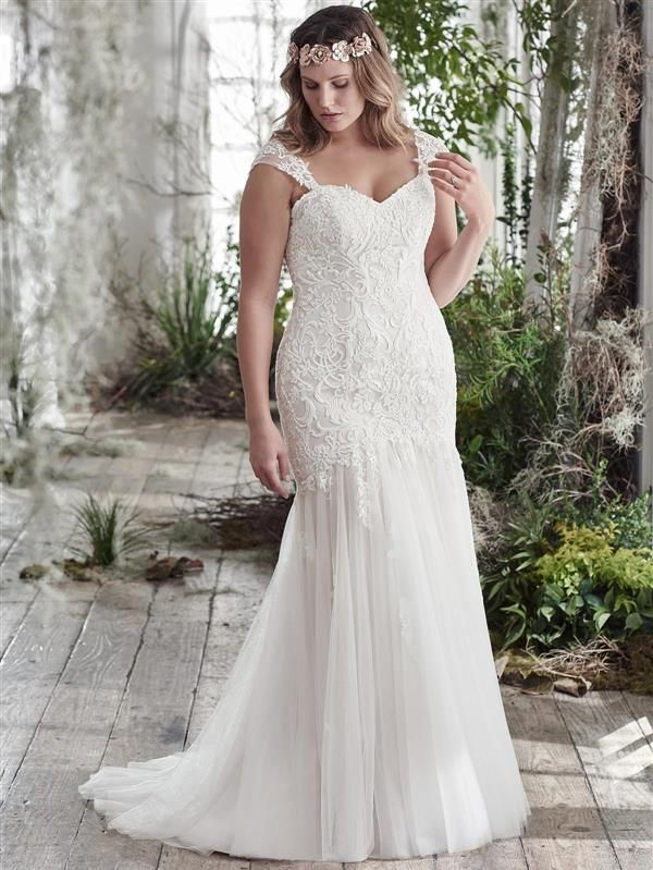 Maggie Sottero Azura plus size wedding dress. Raffaele Ciuca Bridal ...