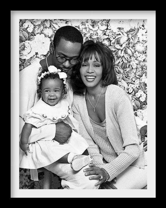 FAMILY FRAME: Bobby Brown, Whitney Houston, and Bobbi Kristina ...