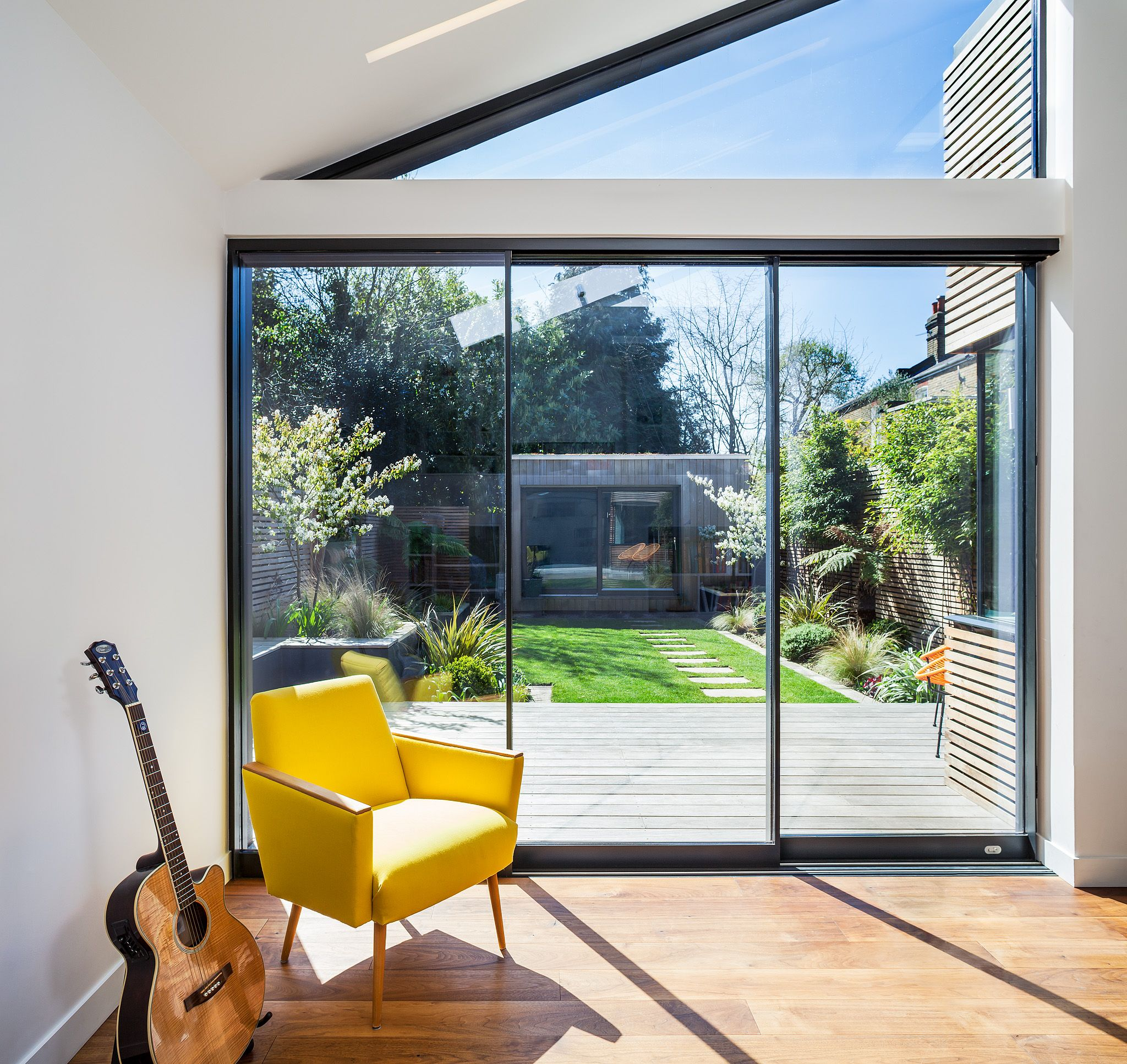Maxlight Sliding Doors, Corner Bay Window and Rooflight
