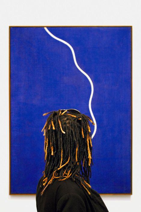 Matt Stuart   London. 2016. The Tate Modern art gallery.
