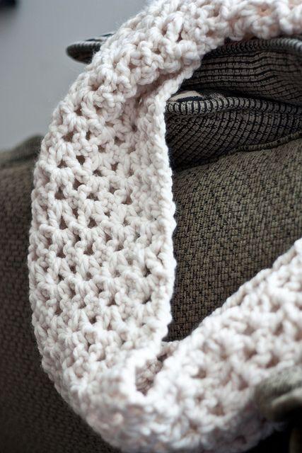 Crochet Infinity Scarf Tutorial Infinity Crochet Infinity Scarves