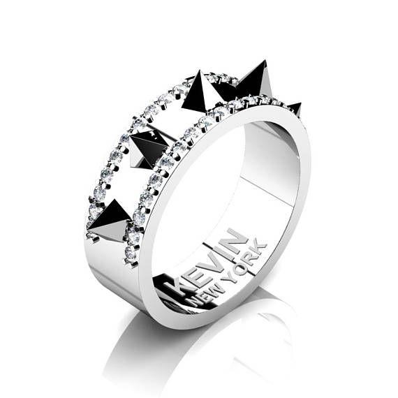 Mens New York 950 Platinum Diamond Crown Spike Wedding Band