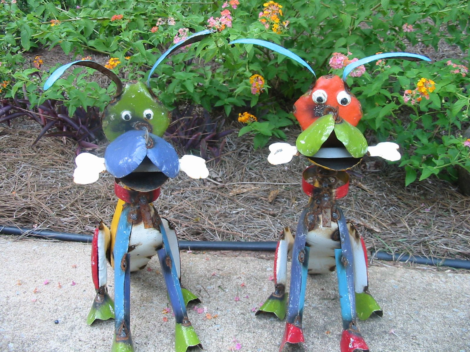Metal Yard Art Dogs   Gardens, Products and Doggies