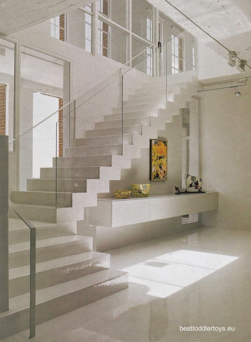Pin de wilma pech en salas de tv en 2019 interior for Imagenes escaleras interiores