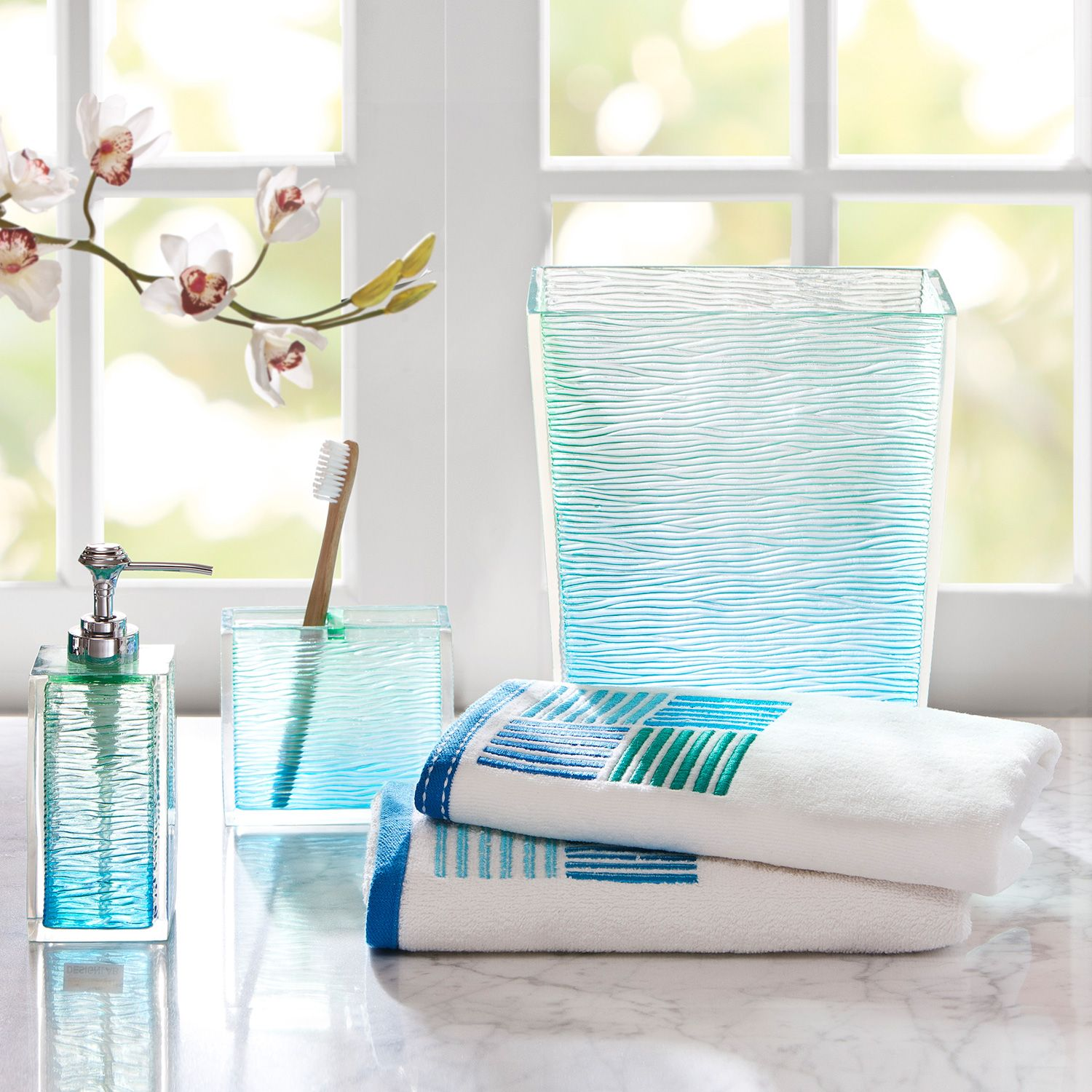 This seaglass bath accessory set from Madison Park adds