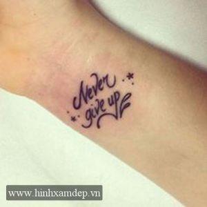 ea78a00ac000b hinh xam chu never give up dep | best hình xăm chữ đẹp nhất ý nghĩa ...