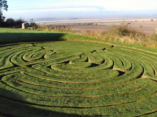 There are only 8 remaining ancient turf labyrinths in Britain. This is Julians Bower in North Lincolnshire. The earliest documented evidence for the labyrinth is between 1671 and 1704 when it is called Gillians Bore. However, legends say it was built by the monks in the monestary nearby between 1080 and 1220.