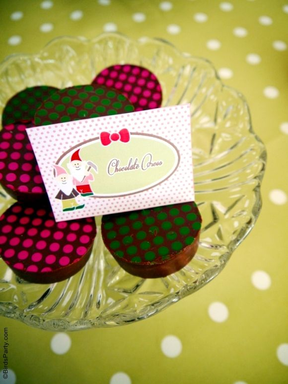 Cute party theme idea for a Fall birthday girl, lots of inspiration, printabels, foos and DIYs | BirdsParty.com @birdsparty