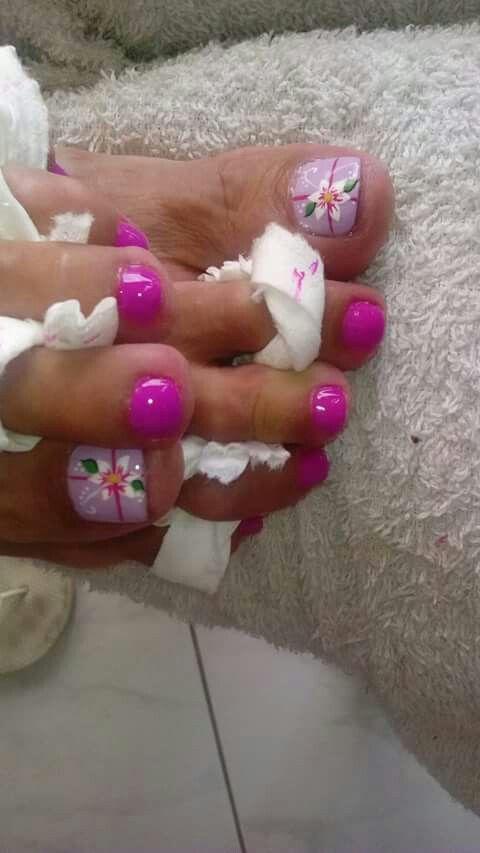 Nice toenails | pedicure | Pinterest | Pedicures, Toe nail art and ...