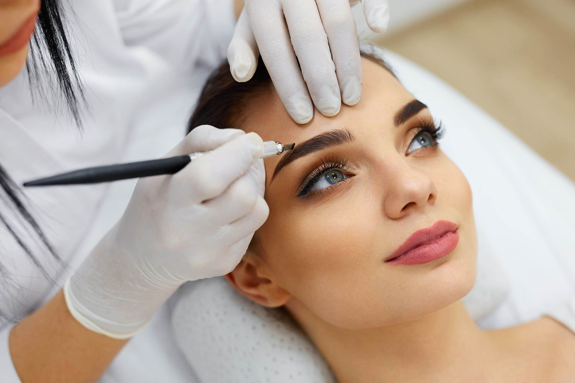 Few Things You Should Know About Permanent Makeup