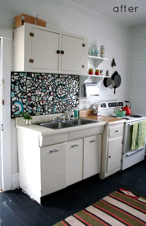 DIY Mosaic Backsplash, Might Try This With My Mommau0027s China That Is  Breaking, Use A Few Almost Broken Dishes And Make It Art ... Great Memory  Of Her!!