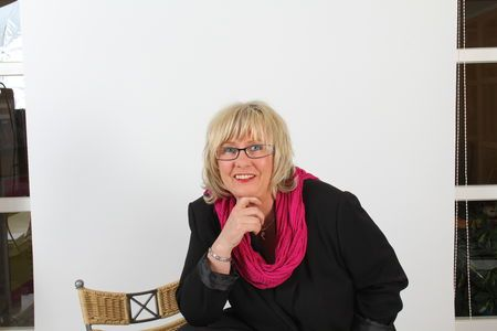 Ines Frommherz WISSEN  Persönlichkeitstraining, Beratung im Friseurhandwerk, Karriereplanung https://www.friseurjobagent.de/friseurtrainer/42-ines-frommherz