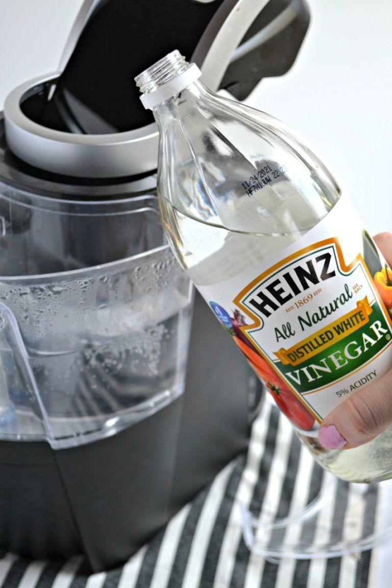 Easy way to clean a keurig coffee maker keurig cleaning