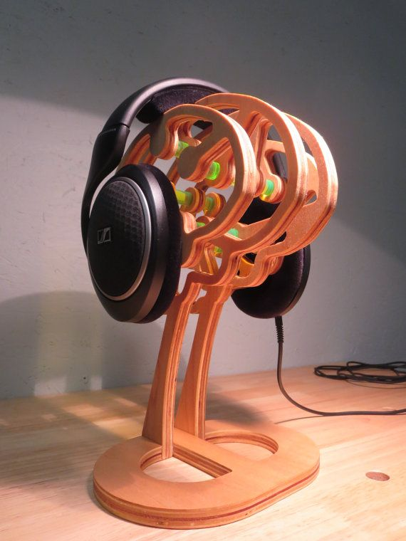 The Thinker Headphone Stand by DesignByWood on Etsy, $130 ...